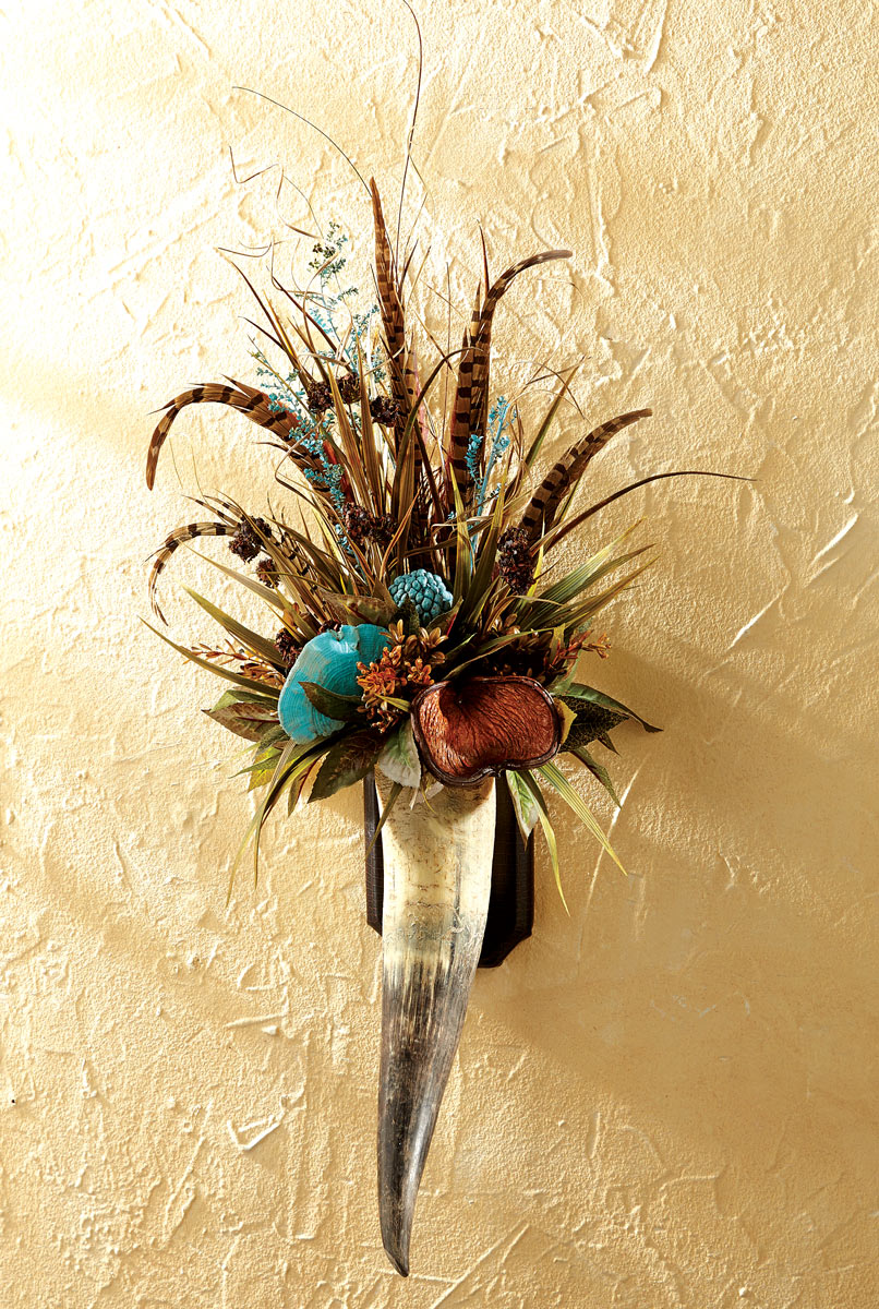 Black Forest Decor Floral & pheasant feathers horn wall h...
