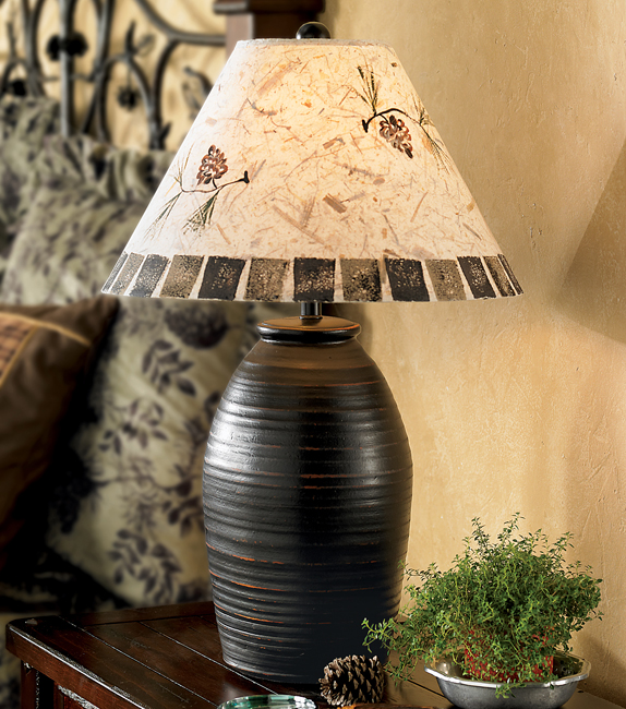 Black Forest Decor Ginger jar pinecone table lamp