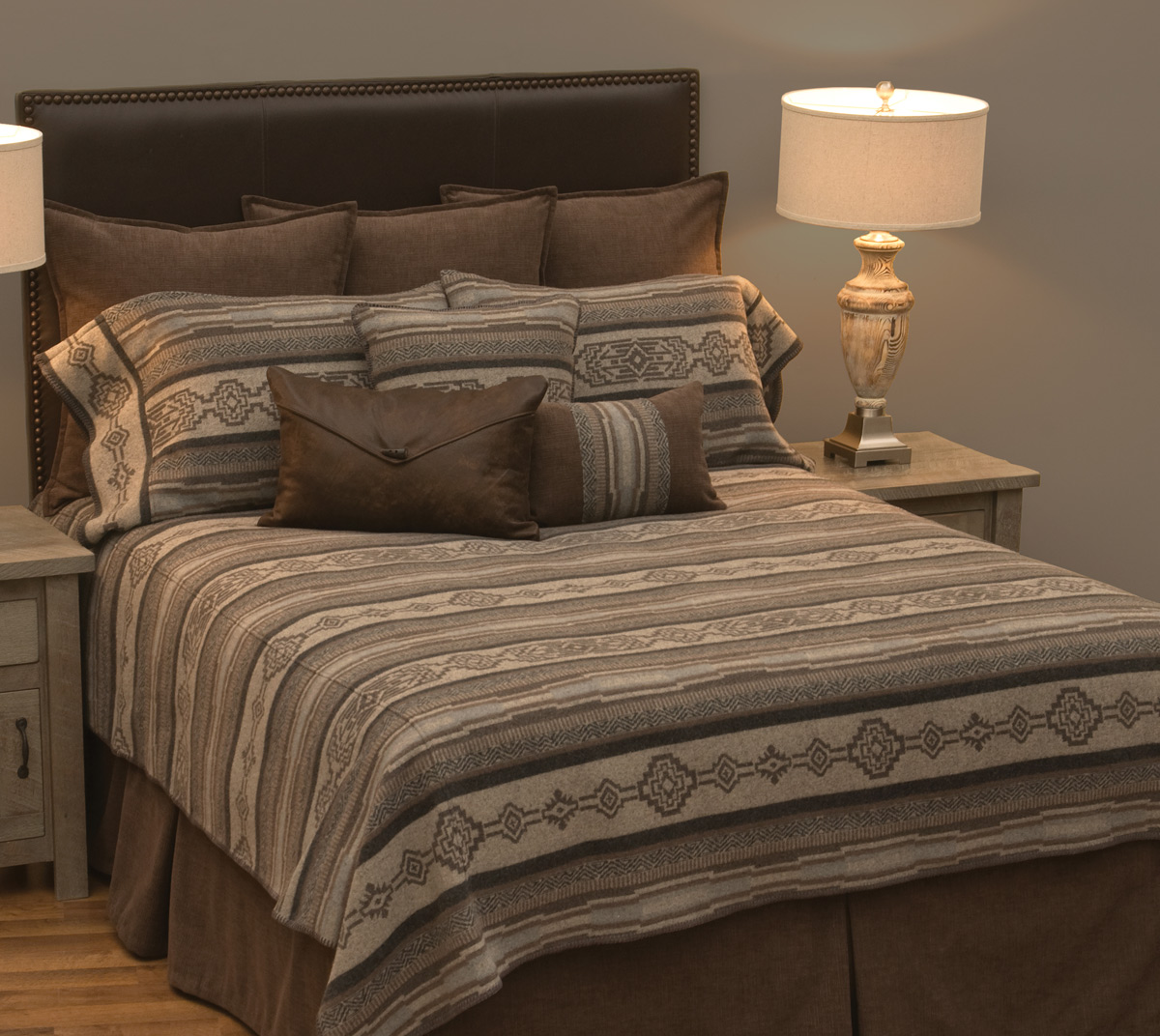 Black Forest Decor Lodge lux deluxe bed set - super queen
