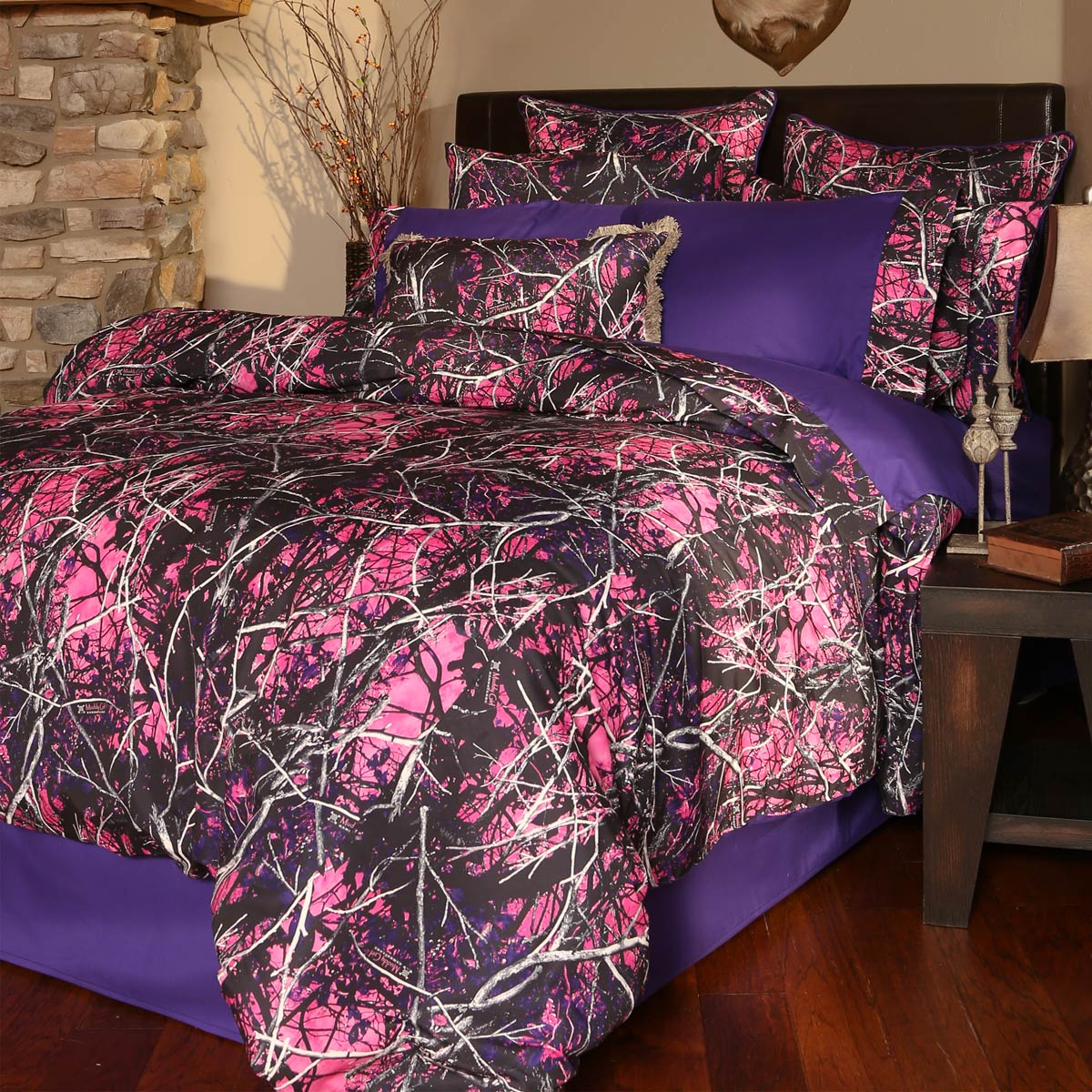 Black Forest Decor Muddy girl 4-piece king bed set