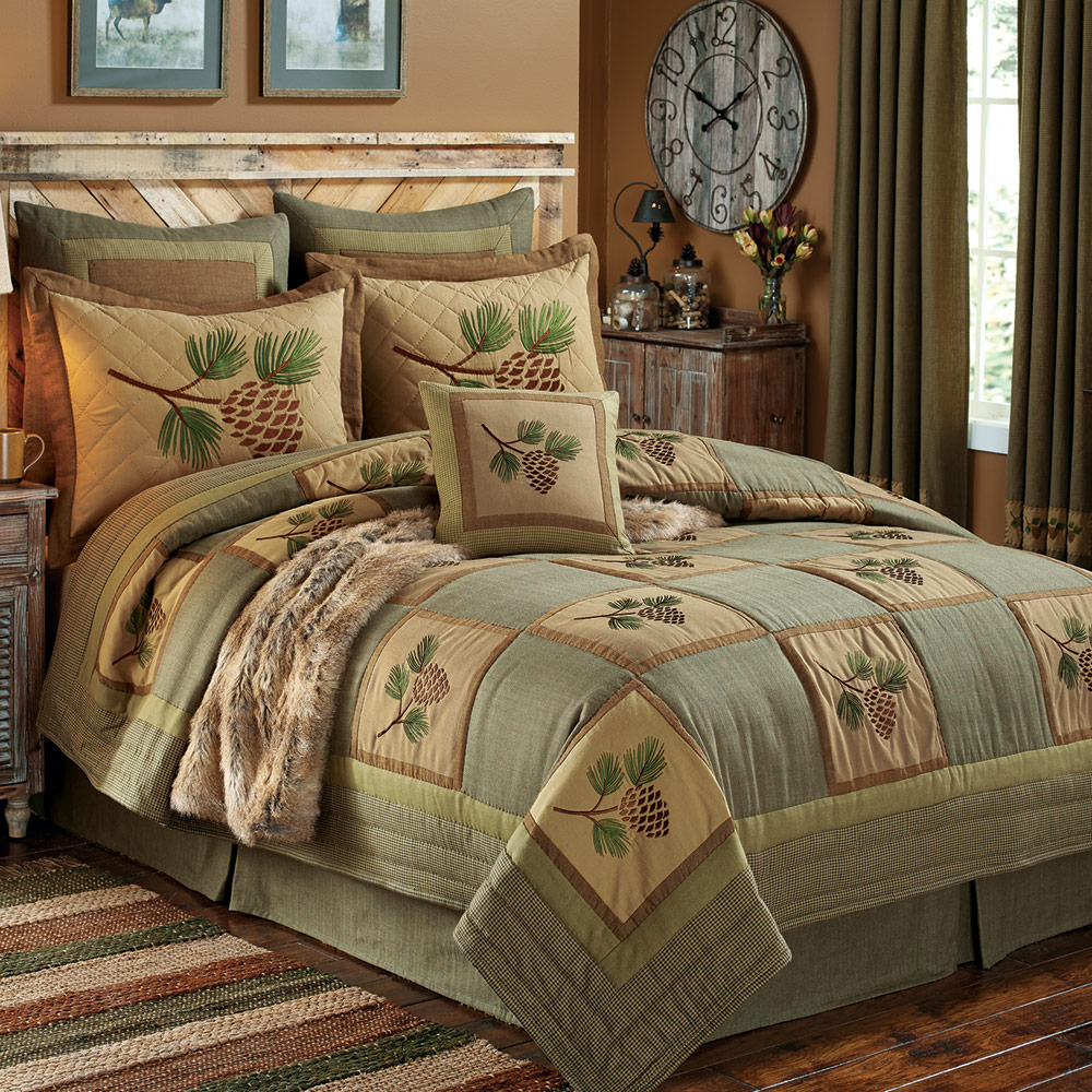 Black Forest Decor Pinecone forest quilt - queen