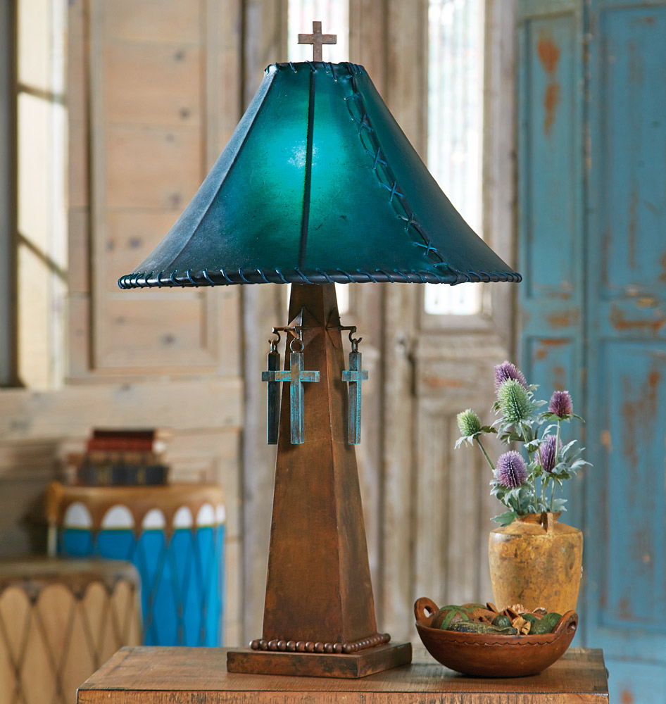 Black Forest Decor Santa cruz turquoise table lamp with r...