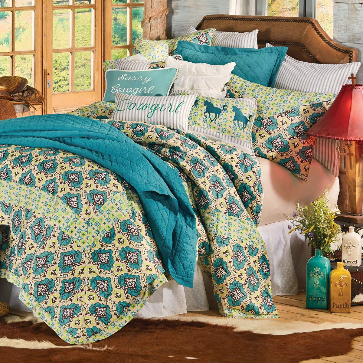 Black Forest Decor Western spring quilt bed set - king