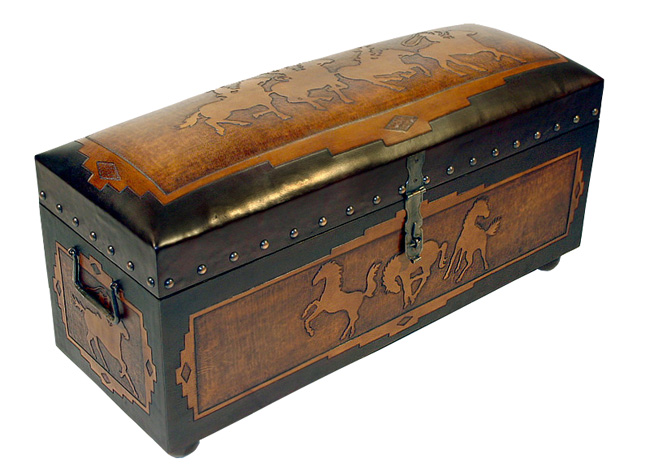 Lone Star Western Decor Jumbo trunk bench with side posse - horses sides - two toned